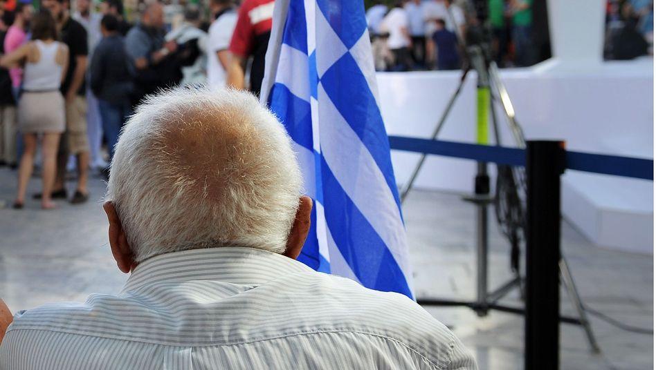 Rentner in Athen: Künftig erst mit 67 in den Ruhestand
