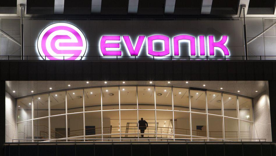 Chemiekonzern Evonik: Der Kurs hat in den vergangenen Monaten stark nachgegeben. Nun steigt Großaktionär CVC aus