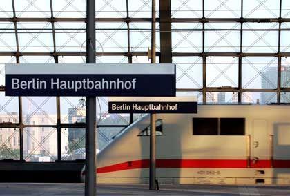 ICE der Bahn: Gewerkschaft fürchtet um 50.000 Arbeitsplätze