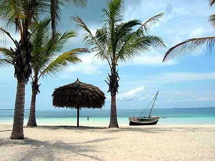 Entspannung am Strand: Vorher will der Arbeitgeber wissen, ob der neue Mitarbeiter zu ihm passt