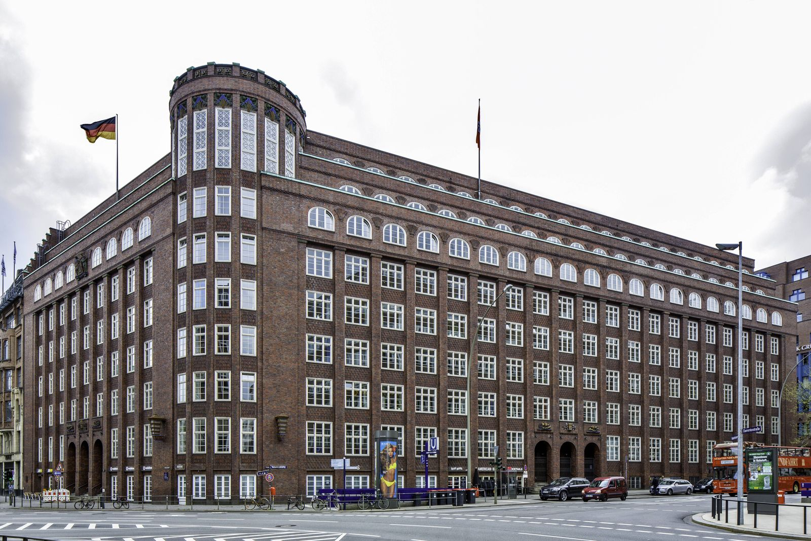 Gebäude der Finanzbehörde der Freien und Hansestadt Hamburg ehemals Finanzdeputation Architekt Fri