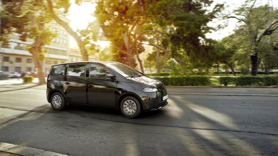 Serienversion des Sono Motors Sion: Dieses Solar-Elektroauto wird im schwedischen Trollhättan vom Band rollen