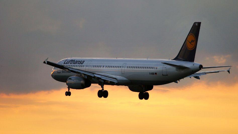 Lufthansa-Maschine: Im Passagiergeschäft sollen keine Stellen gestrichen werden