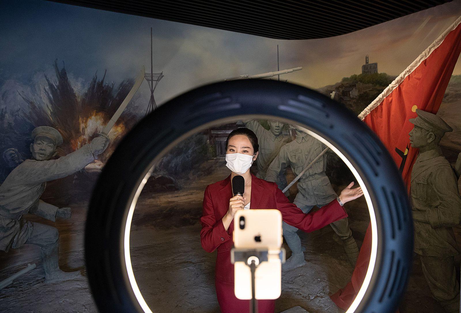 EINMALIGE VERWENDUNG China Lockdown Wuhan Medien
