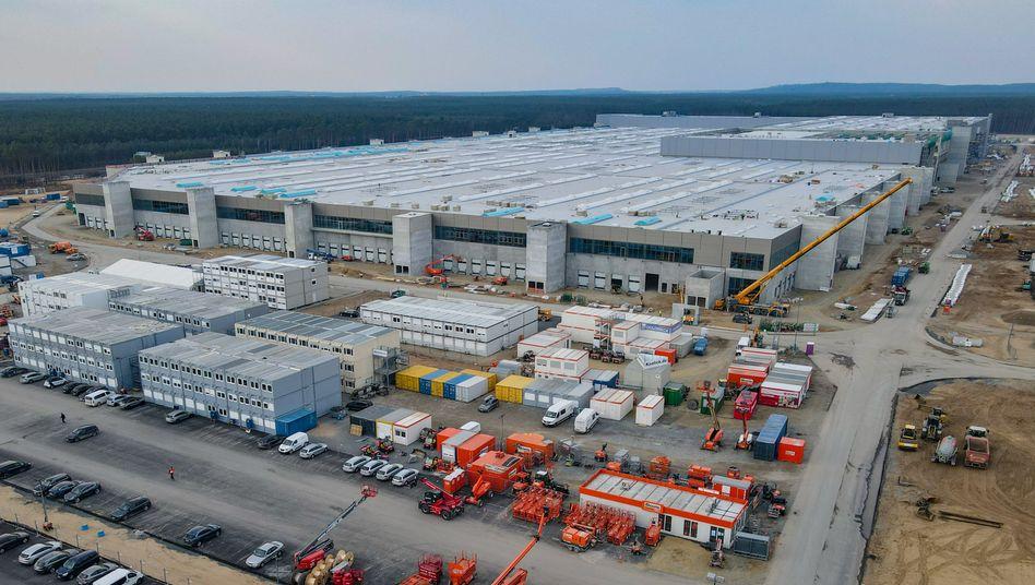 Geduldet, nicht genehmigt: Baugelände von Tesla in Grünheide (Aufnahme vom 26. März)