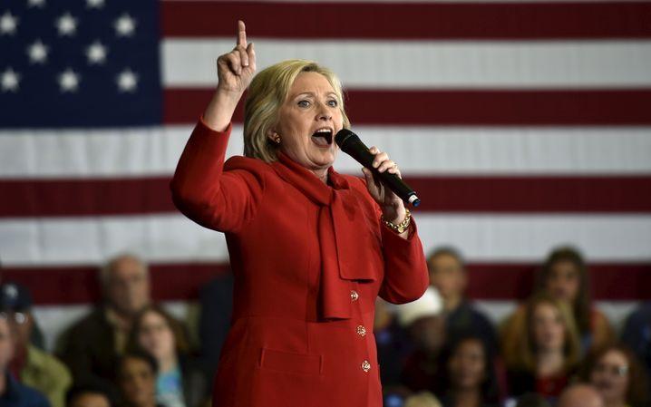 Mehr nationaler Egoismus: Auch Favoritin Clinton wendet sich von ihrer früheren Freihandelspolitik ab
