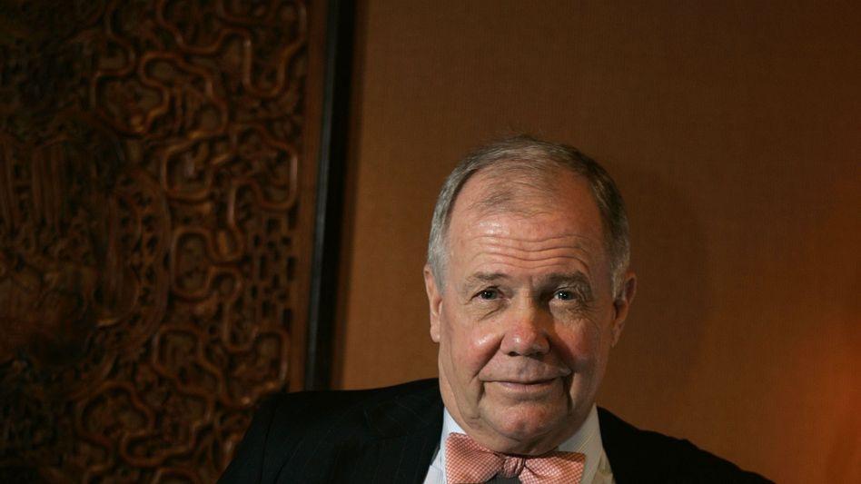 Globetrotter: Spätestens seit seiner Weltumrundung per Mercedes dürfte Jim Rogers - genauer James B. Rogers - auch einer breiteren Öffentlichkeit bekannt sein
