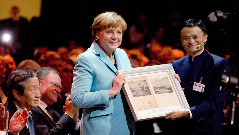 Ausverkaufte Cebit-Eröffnung (2015 in Hannover mit Kanzlerin Merkel): Anfangs sprach Ma vor nicht mal einer Handvoll Zuhörern