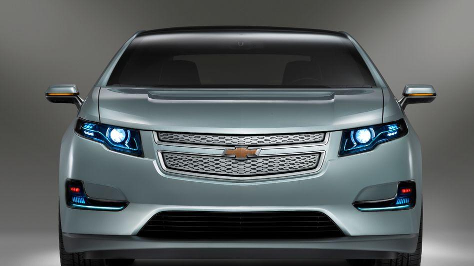2011 Chevrolet Volt Production Show Car. X11CH_VT005 (United States)