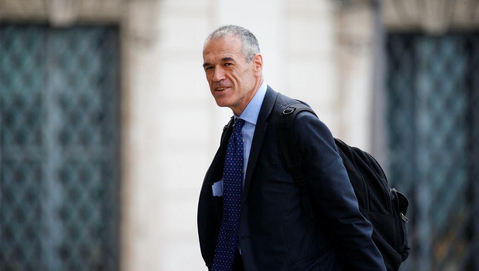 Soll die Übergangsregierung führen: Der ehemalige IWF-Ökonom Carlo Cottarelli erhielt am Montag den Regierungsauftrag
