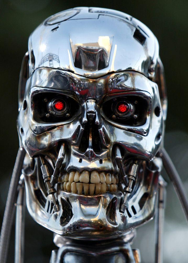 """Grimmiger Blick, maschinenhafte Kälte: Der Terminator"""" aus dem gleichnamigen Film"""
