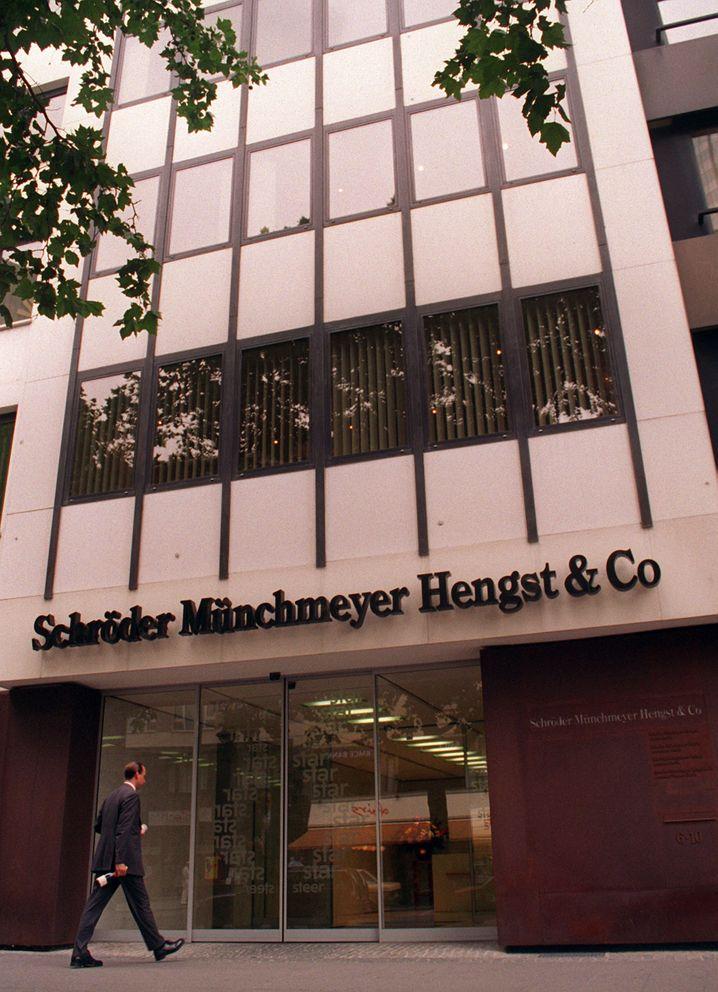Hauptverwaltung der Privatbank Schröder Münchmeyer Hengst & Co in Frankfurt: Die Beziehung zum Baumaschinenkonzern IBH führte in die Krise