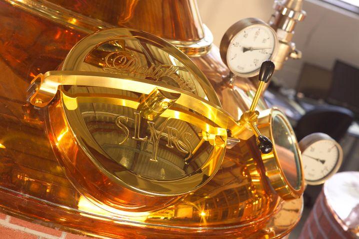 Auf Hochglanz poliert: Am Schliersee betreibt Familie Stetter die größte deutsche Whiskybrennerei - in einer Anlage nach schottischem Vorbild