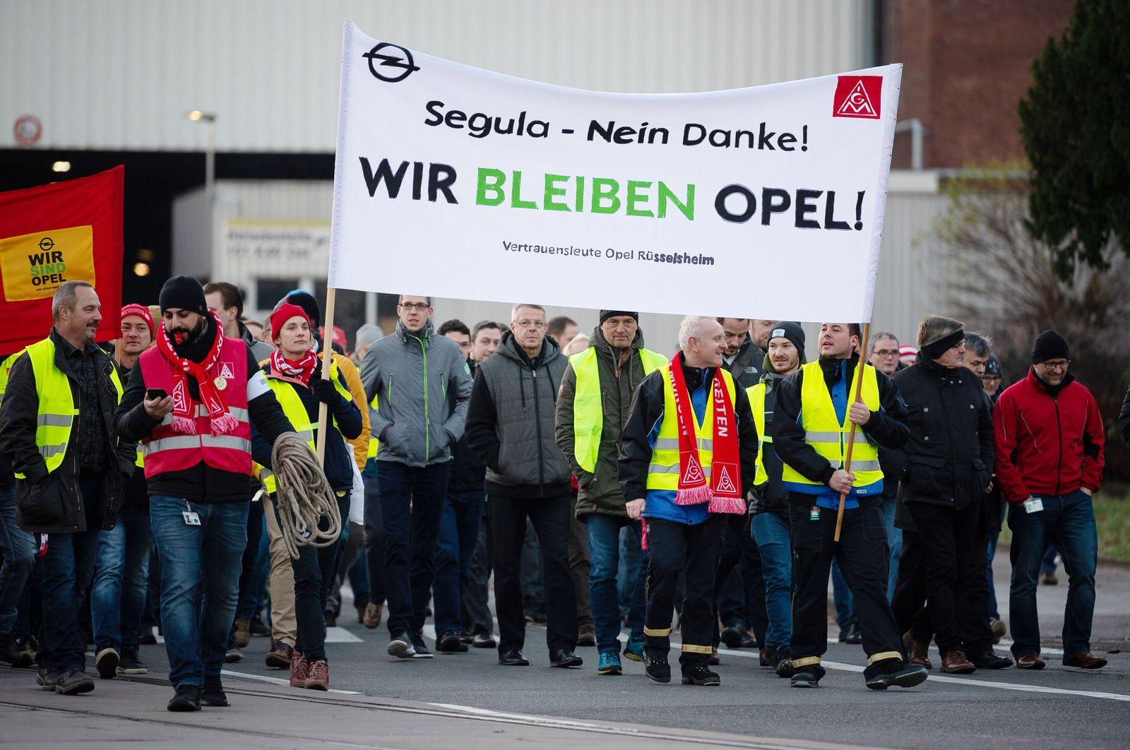 Proteste gegen Verkaufspläne bei Opel