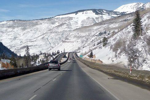Dem Himmel entgegen:Die Interstate 70 führt durch atemberaubende Panoramen