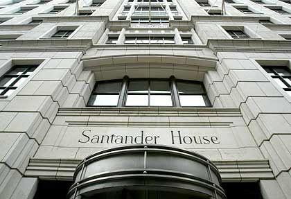 Beliebte Papiere: Die Aktie der spanischen Großbank Santander zählt schon seit Monaten zu den beliebtesten Insider-Werten in Europa