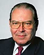 Viel versprochen, wenig gehalten: Der ehemalige KarstadtQuelle Chef Walter Deuss verspielte viel Vertrauen