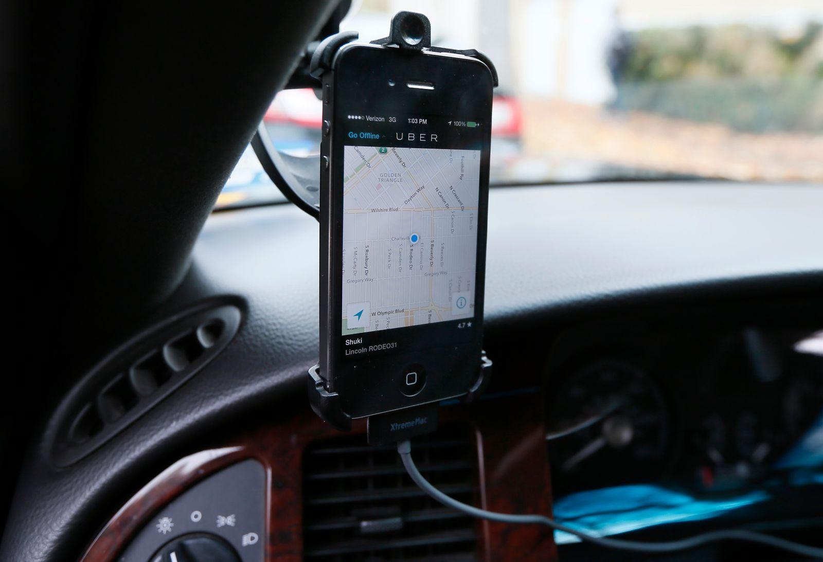 Uber / App / Taxi / Navi