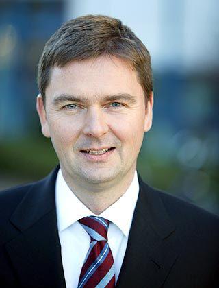 Vorstandschef Andre Carls will Comdirect auf eine breitere Basis stellen und damit unabhängiger von dem schwankenden Brokergeschäft machen