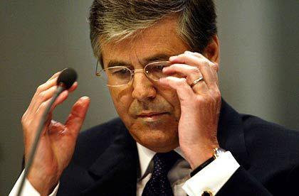 Deutsche-Bank-Chef Ackermann: Er käme mit einer Bewährungsstrafe zwar nicht ins Gefängnis, wäre aber vorbestraft. Dass das Gericht dem Antrag folgt, gilt aber als unwahrscheinlich