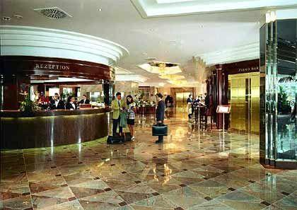 """Marmorglanz: Das """"Maritim Hotel"""" an der Liederhalle ist ruhig und schön gelegen"""