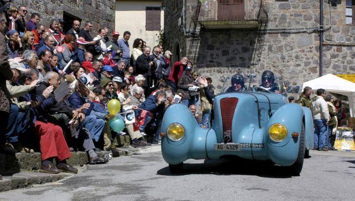 Legendäres Oldtimerrennen: Mille Miglia - 1000 Meilen durch Italien