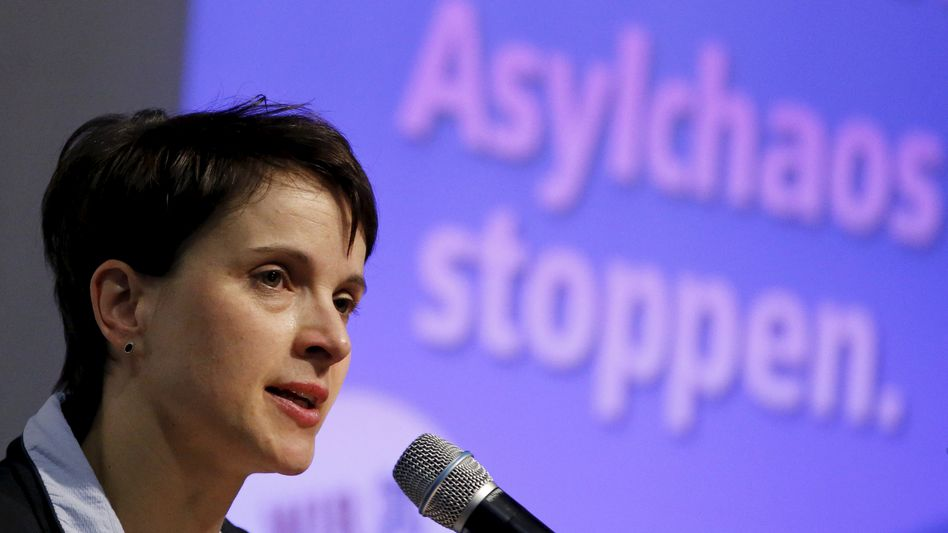 Zweistelliiges Ergebnis für die AfD in Hessen: Partichefin Frauke Petry