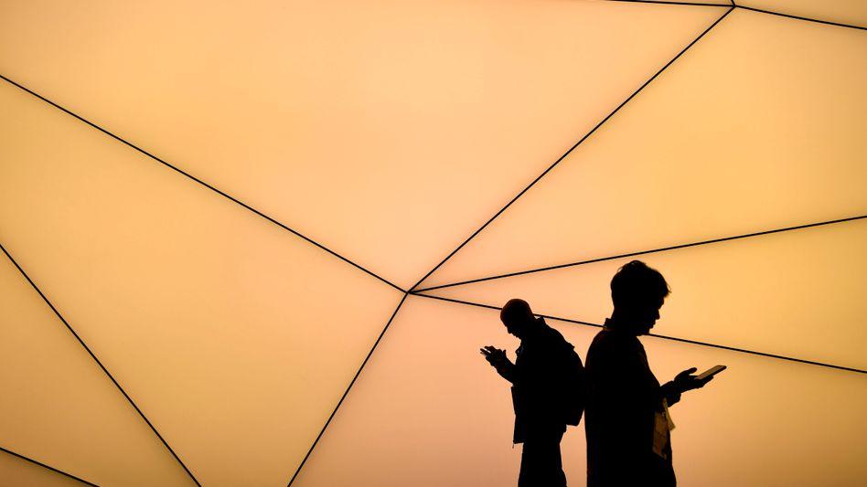 Es hagelte zuletzt nur noch Absagen. Dann mussten die Veranstalter die bedeutendste Mobilfunkmesse ebenfalls absagen.