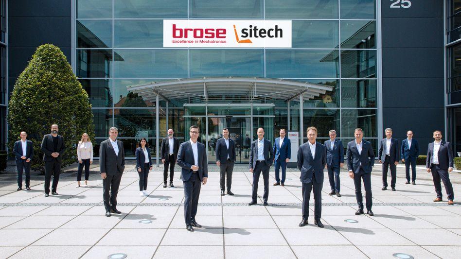 Abstand in Corona-Zeiten: In Zukunft wollen die Manager und Managerinnen der VW-Autositze-Tochter Sitech und des Autozulieferers Brose eng zusammenarbeiten.