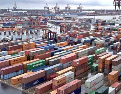 Rosige Prognosen: Nicht nur wie hier in Hamburg boomt das Containergeschäft