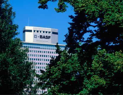 Friedrich-Engelhorn-Haus: Zentrale der BASF in Ludwigshafen