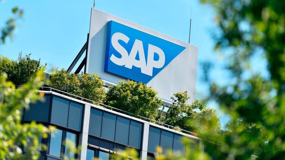 Zentrale in Walldorf: SAP gewann im Cloud-Geschäft mehr hinzu als es im klassischen Lizenzgeschäft mit fest installierter Software einbüßte