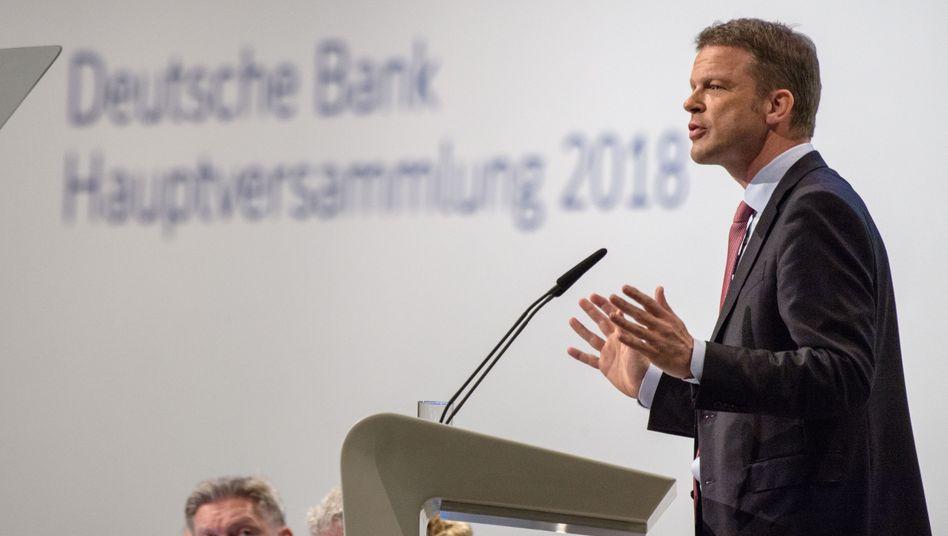 """Deutsche-Bank-Chef Christian Sewing: """"""""Der Stellenabbau ist unvermeidlich, wenn unsere Bank nachhaltig profitabel werden soll"""""""