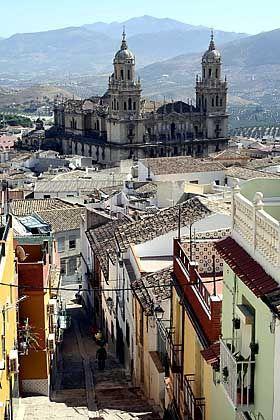 Mittelpunkt: Die Kathedrale gehört zu den Hauptattraktionen der Provinzhauptstadt Jaén