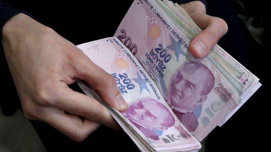Entwertung: Die Türkische Lira wird zunehmend billiger