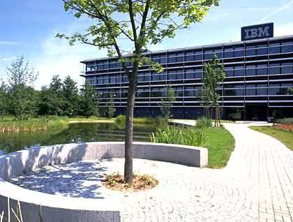 IBM-Hauptverwaltung in Deutschland: Die US-Börsenaufsicht interessiert sich für Aktienoptionen