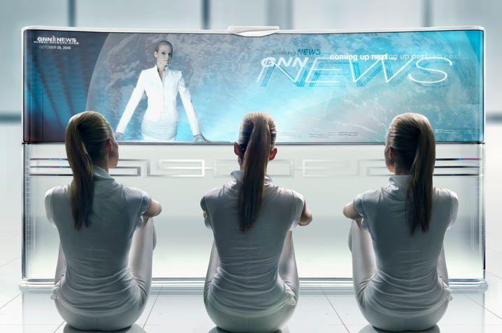 So ist 2015: Klone vereint vor dem Flachbildschirm