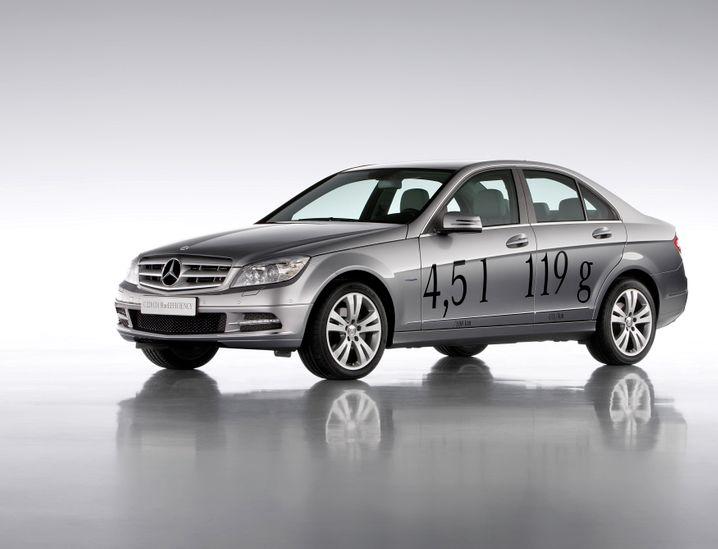 Mercedes C-Klasse: Irreführende Werbung?