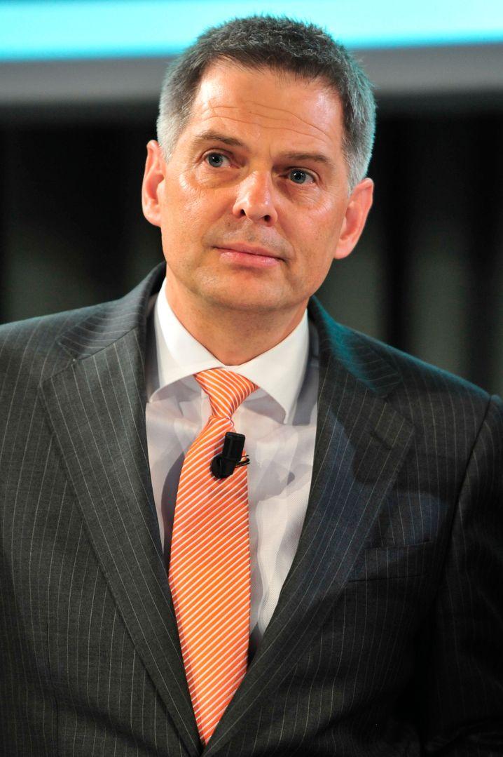 Pieter Haas: Der Ceconomy-CEO setzt im Konkurrenzkampf gegen Onlineriesen wie Amazon und Alibaba auf Größe