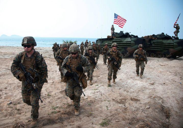 Manöver der US-Marines: Beim Aufbau von Notlazaretten könnte das Militär eine Rolle spielen