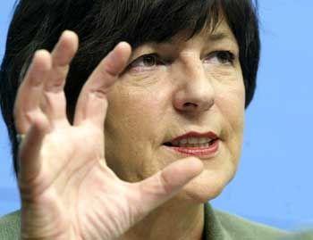 Sozialministerin Schmidt: Union lehnt Vorstoß zum Zahnersatz ab
