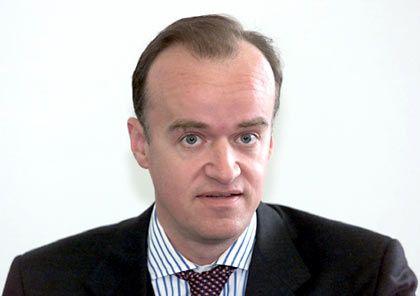 Er geht: Leonhard Fischer