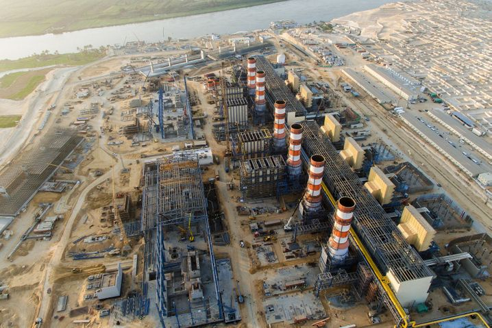 Von Siemens gebautes Gaskraftwerk in Ägypten