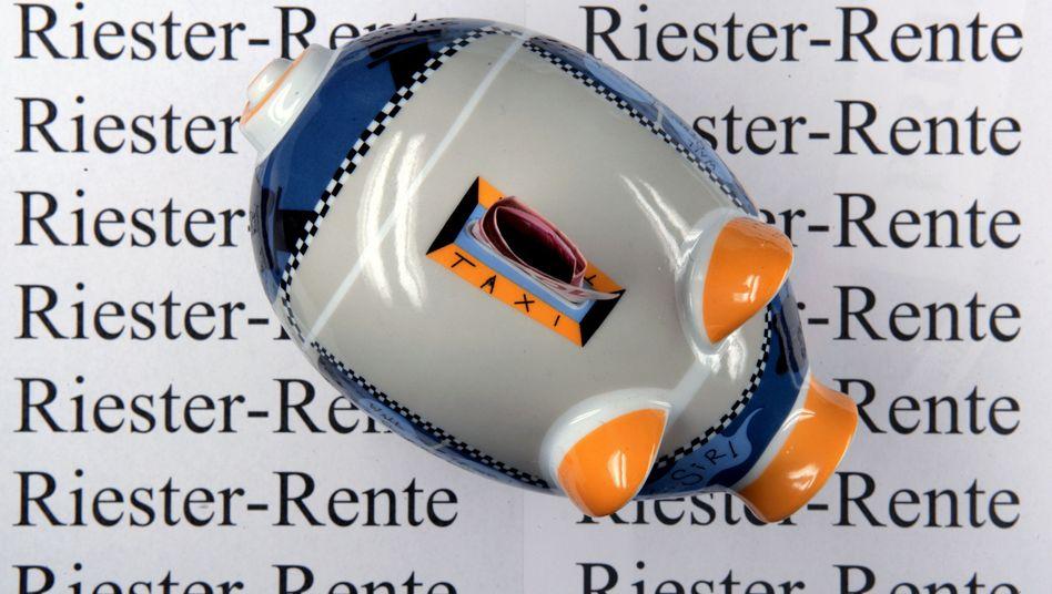 Akzeptanzverlust: Der Staat holt sich 500 Millionen Euro gezahlte Riester-Zulagen zurück