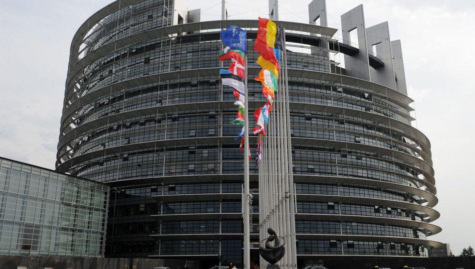 Europaparlament in Straßburg: Euro-Staaten um Lettland erweitert