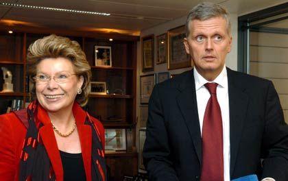 Uneins in Regulierungsfragen: Telekom-Chef Kai-Uwe Ricke und EU-Kommissarin Reding