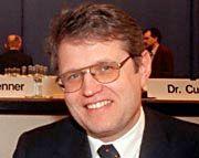 Hans-Joachim Selenz: Der ehemalige Stahl-Manager erhebt schwere Vorwürfe