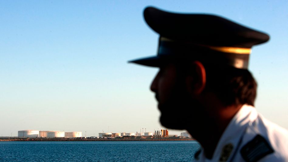 Iran setzt Drohungen um: Ölfirmen aus Großbritannien und Frankreich erhalten keine Lieferungen mehr