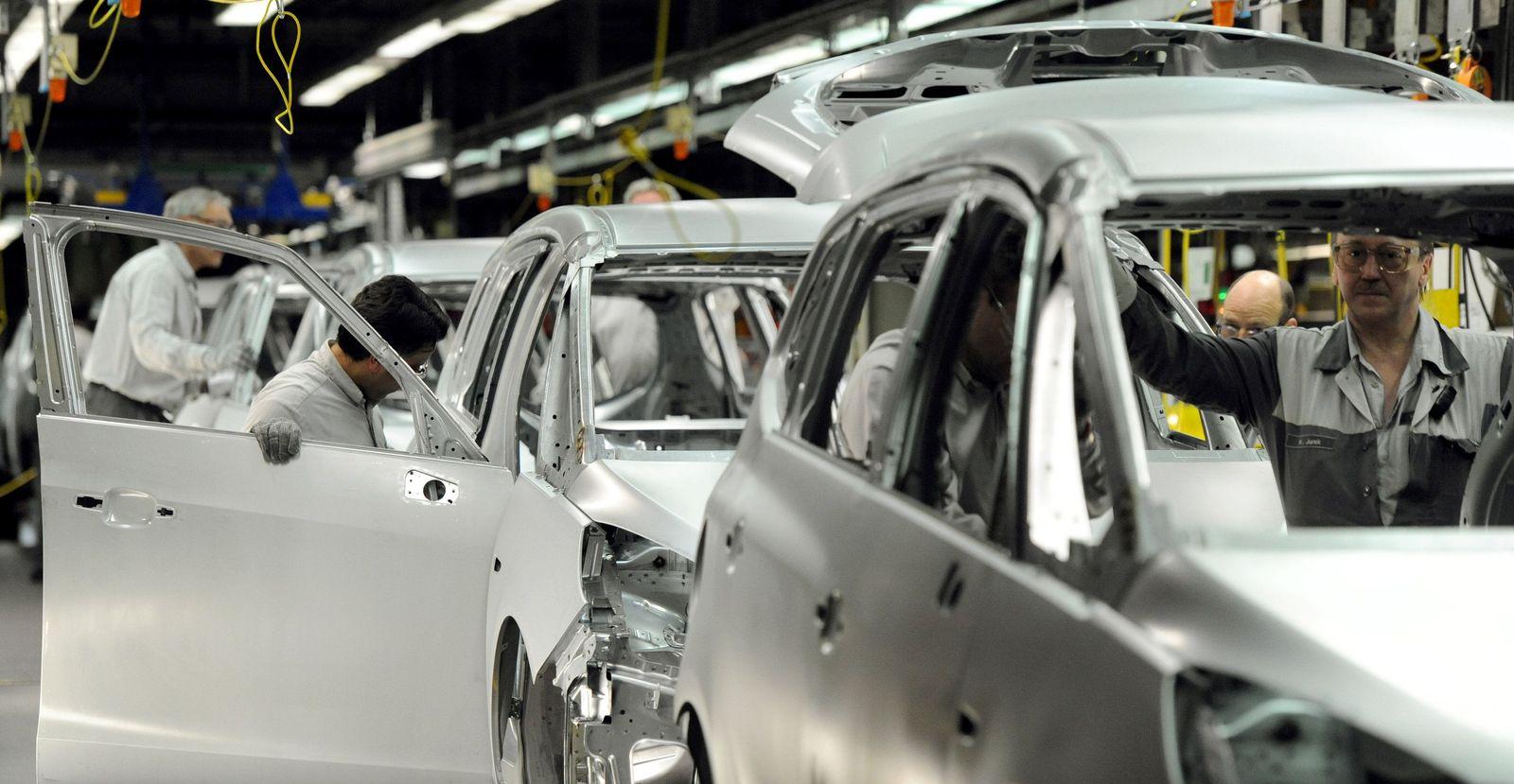 Auto-Produktion / Auto-Industrie / Auto