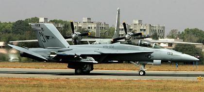 Boeing F-18 Super Hornet: Hohe Nachfrage nach Kampfflugzeugen treiben unter anderem Umsatz und Gewinn des amerikanischen Flugzeugbauers Boeing